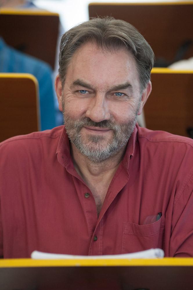 Csaba Kővári